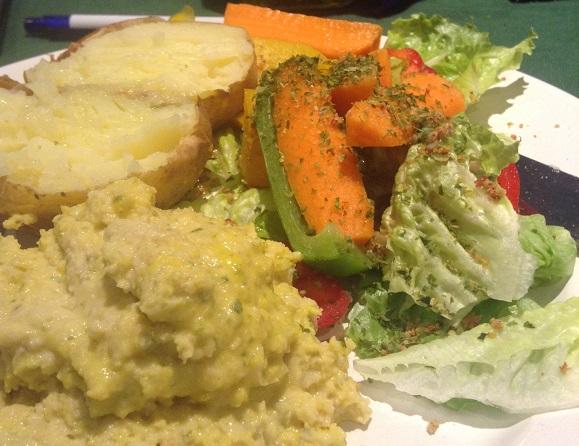 Jacket potato, humous (with turmeric), raw salad, nori flakes and sprinkled seeds