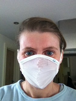 Dust mask for avoiding airborne allergens