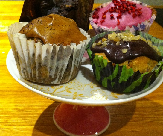 Learn to make freefrom cakes at The Perfect Retreat in Chesham