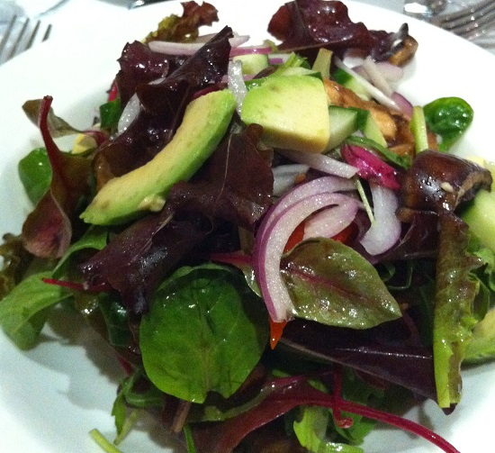 To start, a delicious salad with avodado, red onion, aubergine and more onion!