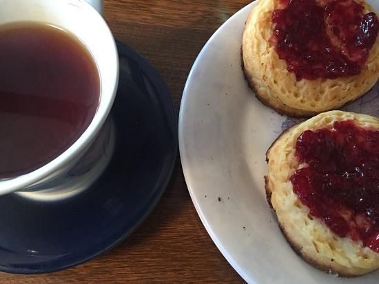 Gluten free Newburn Bakehouse crumpets with raspberry jam
